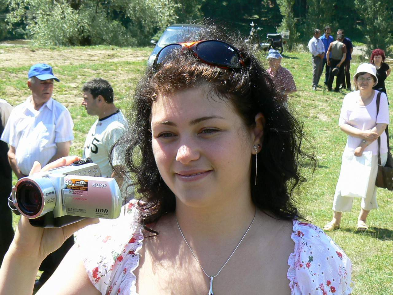 simona maria, cocosul de hurez reporterul culturii valcene