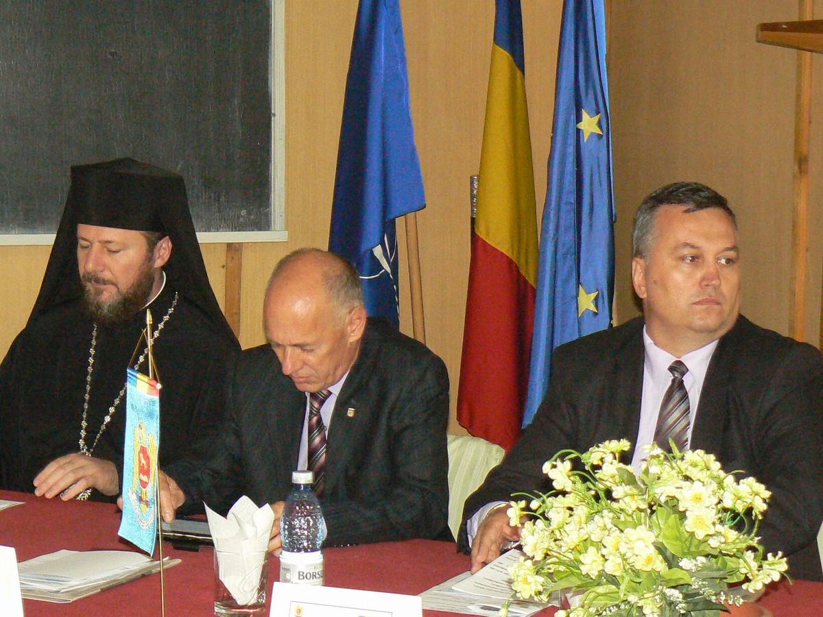 PS Emilian Lovişteanu, prefectul Mircea Nadolu, consilierul judeţean Adrian Buşu