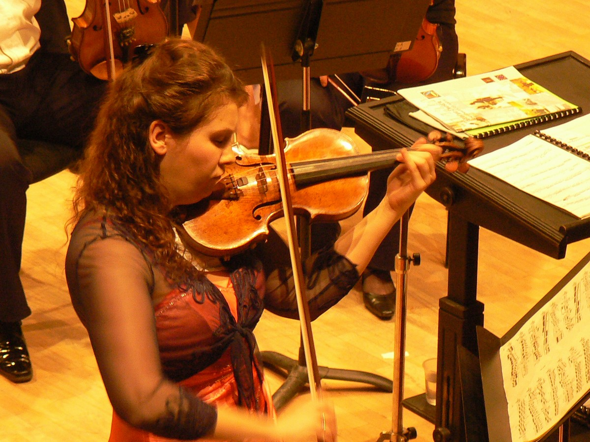 Valentina Iablovskaia-violonista concertului de Henryk Wieniawski