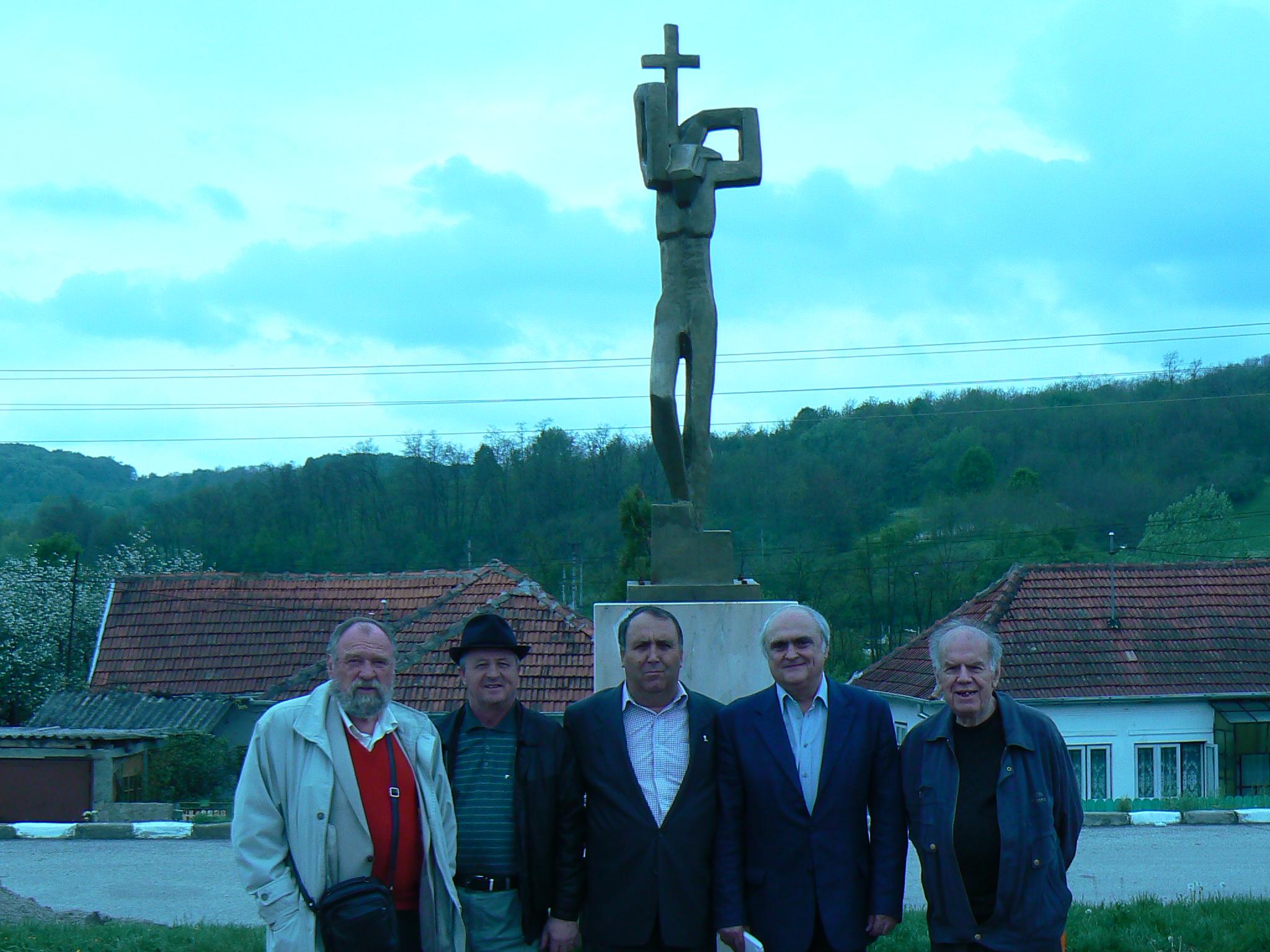 Ştefan Stăiculescu, Gh Cărbunescu, Petre Iordache, Ion Longin Popescu, Costea Marinoiu, dezvelire monument Ocnele Mari