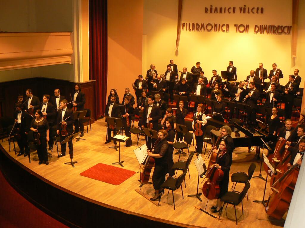 Orchestra simfonica a Filarmonicii din Ramnicu Valcea