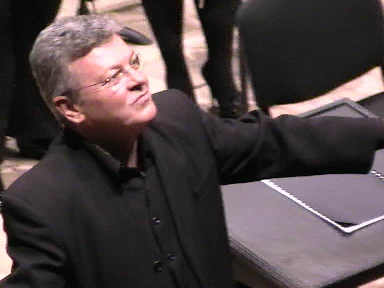 Mihail Ştefănescu culegând aplauze