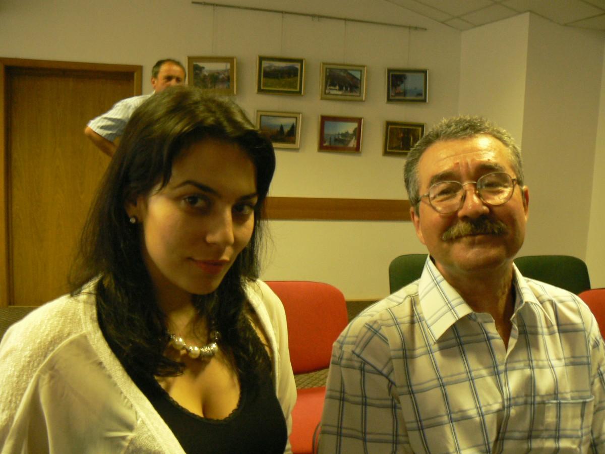 Mădălina Bărbulescu şi Paul Stănişor colegi de cenaclu, Foto: cickirdan